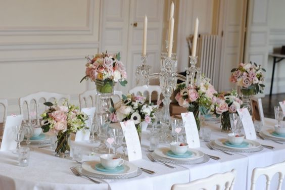 Shooting inspiration couverts table de mariage mariage for Composition florale table