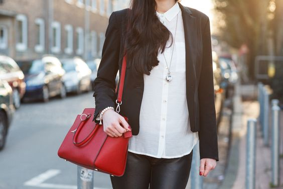 Shades of Ivory : [Outfit] The Bloggers Choice - Blazer Love