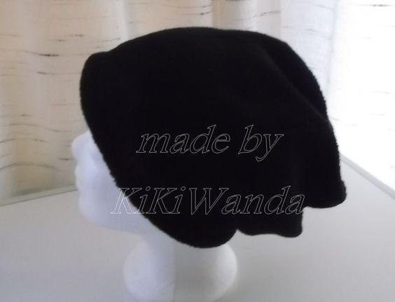 Beaniemütze .. schwarz von KiKiWanda auf DaWanda.com