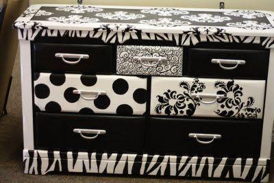 I love black and white stuff!