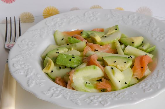 salade avocat concombre saumon