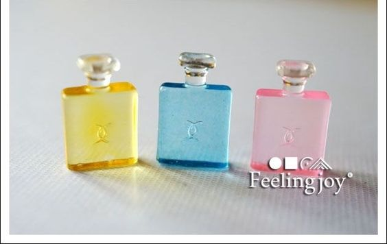 1:12 Scale Accessories miniature Dollhouse 3 Bottle of Luxury Perfumes
