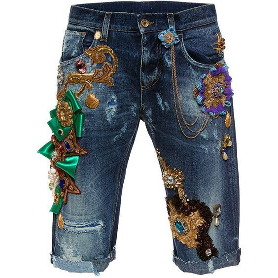 Dolce & Gabbana     Beaded Detail Bermuda Hem Jean (31.680.020 COP) ❤ liked on Polyvore featuring jeans, light wash, light wash jeans, 5 pocket jeans, dolce gabbana jeans and blue jeans