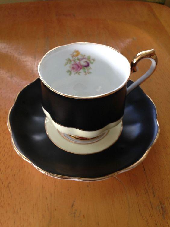 Vtg Royal Albert Elegant Black Tea Cup Saucer White Cream Gold Gild Gorgeous | eBay