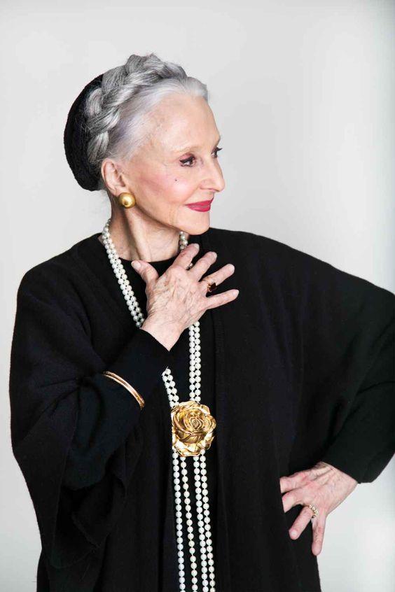 Joyce Carpati, opera singer and former Hearst ad sales manager - правитель/опекун