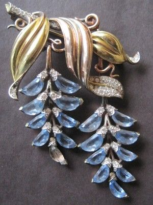 1940's Blue Wisteria crystal brooch by Trifari: