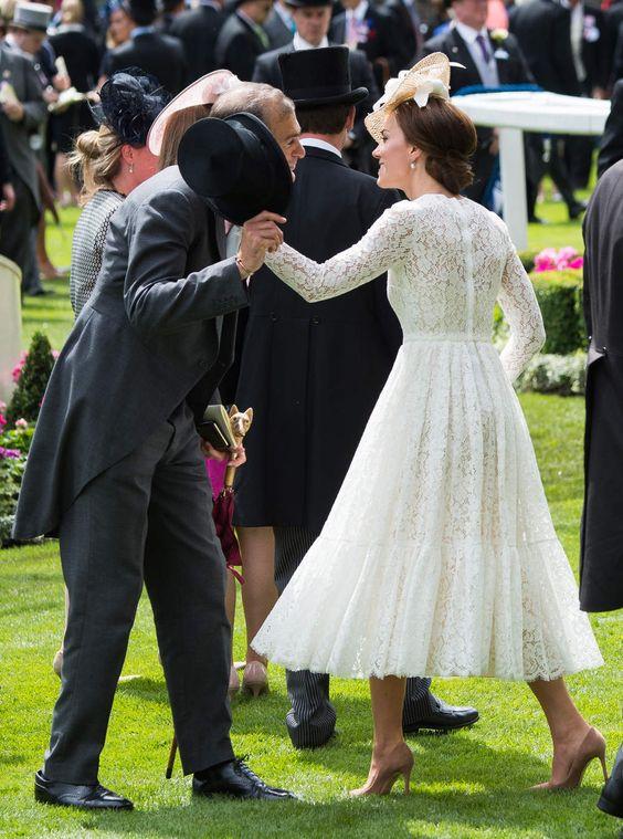 Princesse Kate, radieuse en Dolce & Gabbana au Royal Ascot