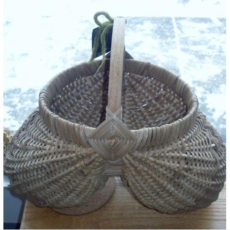 Home Decor / Housewares :: Handwoven Baskets :: Hand Woven Appalachian Egg Basket