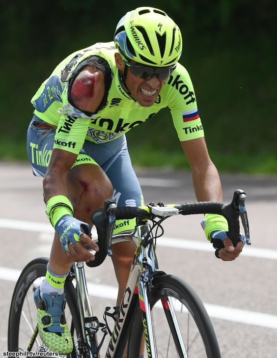 Alberto Contador working hard to regain contact with the peloton after his crash on stage 1 of TdF 2016.
