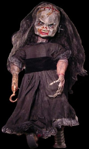 Horror doll created by an artist in Mexico. Her name is Elena.: