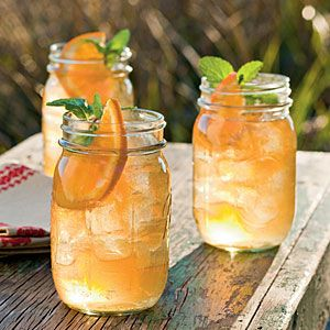 Shoo fly punch- Bourbon & Gingerbeer (among other things.): Summer Drink, Punch Recipes, Ginger Beer, Fly Punch, Mason Jars, Southern Cocktail