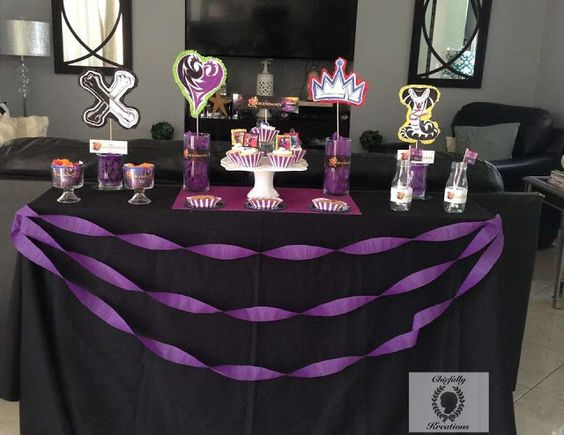 Descendants Party: Free Printables for your Party.