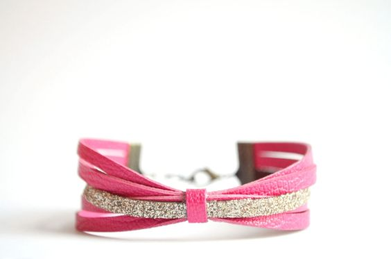 Inspiration DIY - Bracelet NOEUD- cuir rose et paillettes