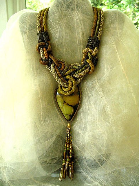 Alex and Lee Necklace: