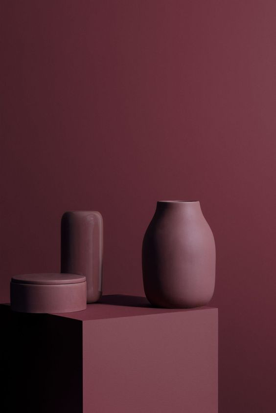 Be Inspired by the Modern and Rich Textures of the Cassis Color #cassiscolor #colortrends2019 #colortrends #interiordesigntrends