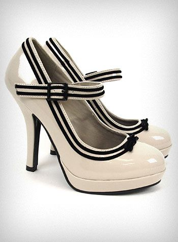 Black Trim on White Mary-Janes: Cream Pin, White Shoes, Fashion Shoes, Cute Shoes, Heels 56, Black Heels, Shoes Freaking, High Heels, Cuuute Shoes