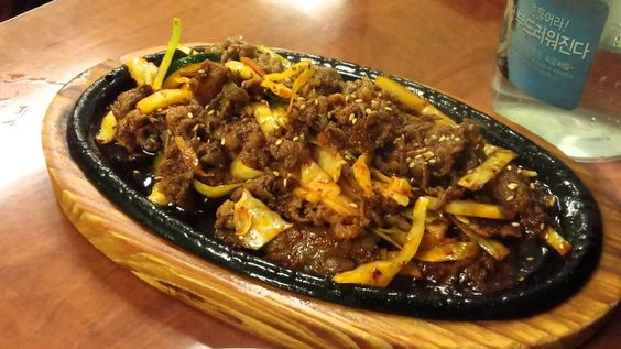 Beef Sizzling Platter with Orange Sauce Recipe | How to Make Beef Sizzli...