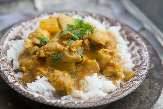 Mango and chicken are a power combo.  This mango chicken curry recipe uses boneless, skinless breasts or thighs, mango, onion, ginger, garlic, curry, cumin, raisins, and coconut milk.