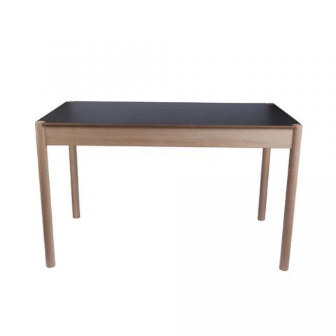 Kök köksbord hay : DESIGNDELICATESSEN - HAY – FDB C44 70x120 - bord | Nice indretning ...