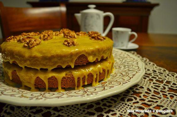 Noz Moscada e Gengibre: Bolo de noz e canela com creme de ovo