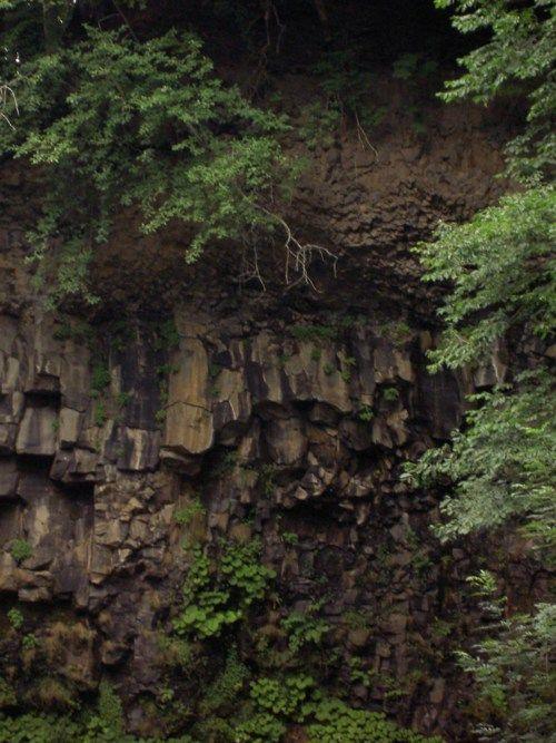 Cascade d'Egliseneuve-d'Entraigue. Auvergne