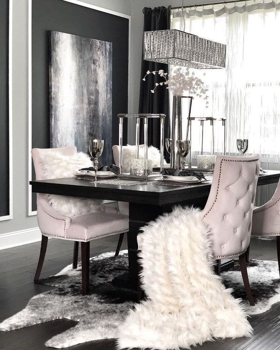 Pin By Bronwen Nazz On нσмє Deco Design Decor V A N I T Y Luxury Dining Room Dining Room Table Decor Luxury Dining