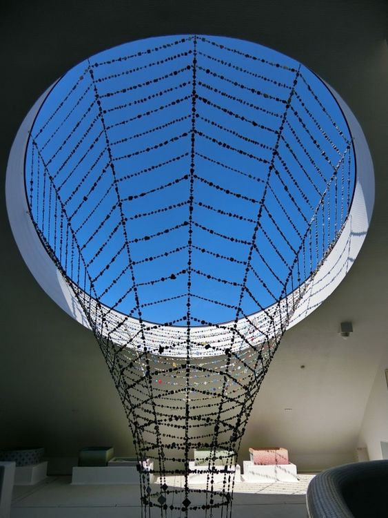 藤森照信氏による土壁建築 多治見市の モザイクタイルミュージアム を見に行ってきました モザイクタイル 藤森 照信 土 壁