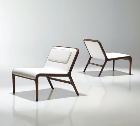 Hyde Lounge Chair by Bernhardt Design