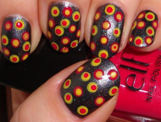 47 Amazing Retro Nail Designs - Fashion Diva Design