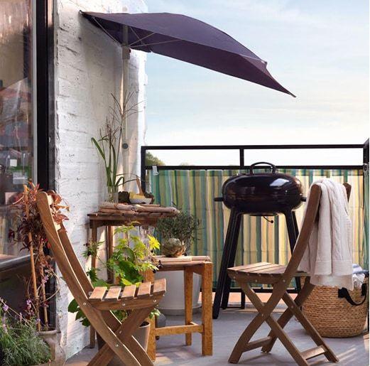 Ikea Askholmen Outdoor Dining Table And Chair With Fliso Outdoor Umbrella Balcony Furniture Set Balcony Decor Ikea Outdoor