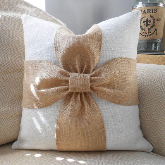 Arpillera arco almohadilla cubierta de arpillera por LowCountryHome