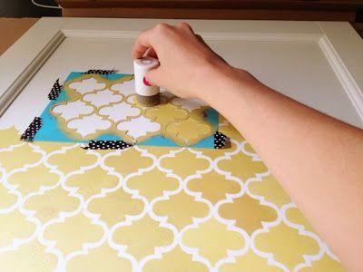 Ikea Hack! Ein bisschen Vintage aufs Möbel mit simpler Schablonentechnik.