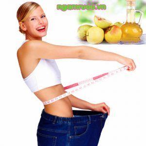 giảm cân với giấm táo mèo