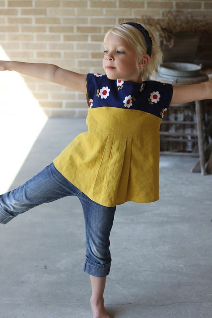 Maggie Mae tunic by L Poel, via Flickr