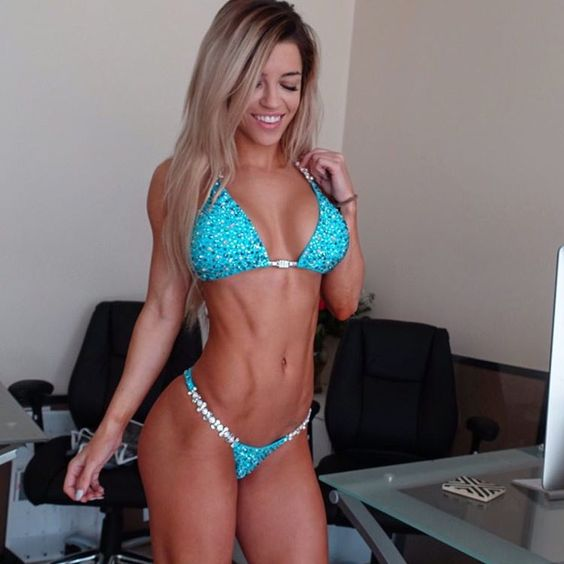 """""""Just another day at the office. #AlphaleteHQ #SundayFunday  Y'ALL MY @ravishsands COMPETITION BIKINI IS JUST TOO MUCH. I can't even handle it I'm so in…"""""""