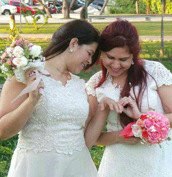 Buquê Gabriela e Buquê Andréa, pq aqui cada buquê é especial como cada Noivinha merece..