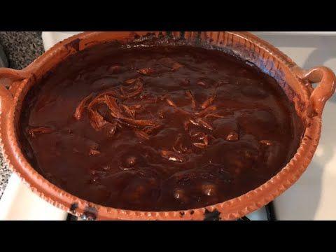 Mole Rojo Con Pollo En Chile Guajillo Receta Facil De Preparar Youtube Receta De Mole Receta De Mole Rojo Mole De Pollo Mexicano