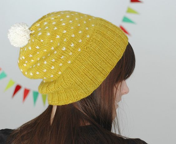 Bespeckled Hat by Dull Roar  Pattern here -->http://www.dull-roar.com/2011/04/most-bespeckled-hat.html