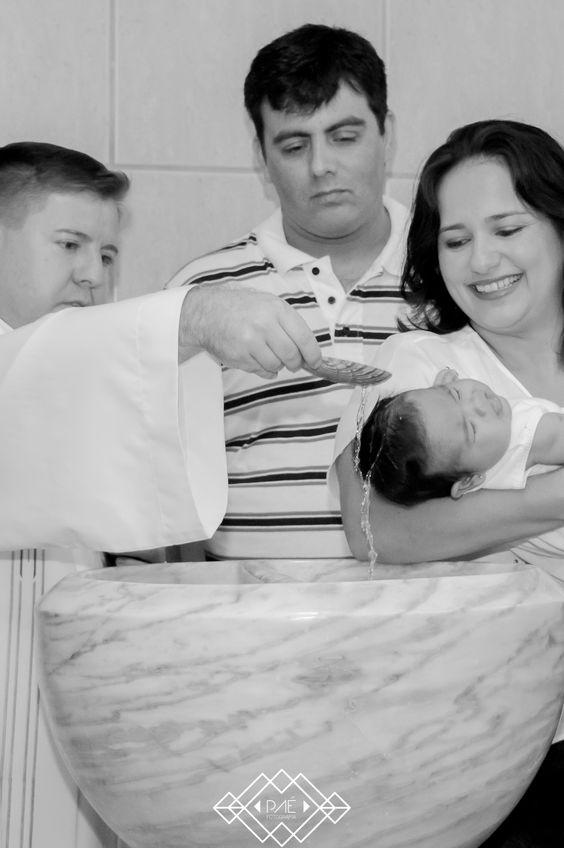 Batizado da Martina - 09 de abril de 2016 Fotógrafo Paê: @cezaraugustusm Paê Fotografia & Design © Copyright | All rights reserved