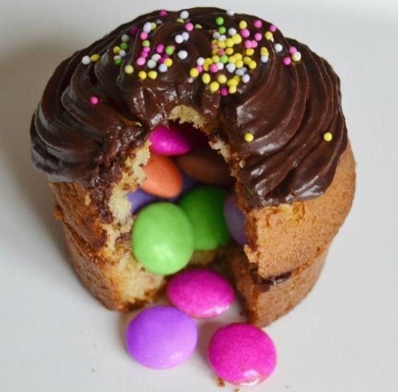 Rainbow Cake Suprise Smarties
