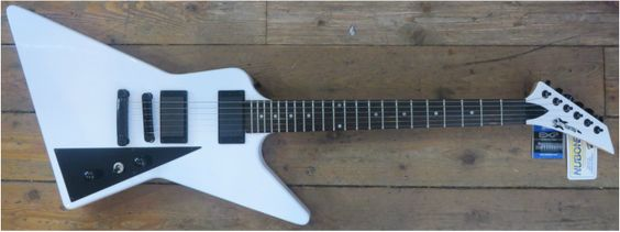 Electric Guitars - Tommy's Guitar & Trading Post