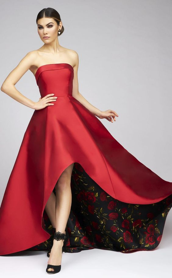 Look like a Hollywood star in this irresistible evening gown from Ieena for Mac Duggal 25279I. The strapless bodice has a straight and folded neckline and is made