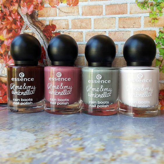 """#nailiciousessence ❤ we are so in love with the matt nail polishes of our trend edition """"me & my umbrella"""" ☂ #essencelove"""