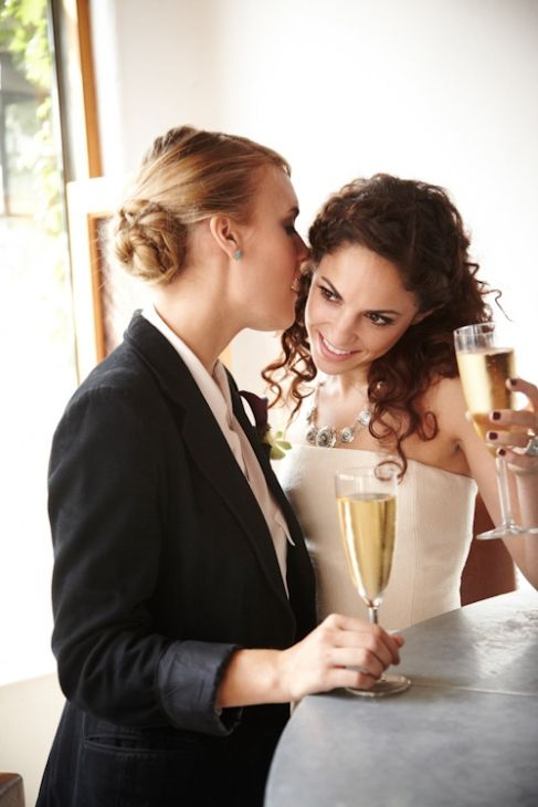 Beautiful Lesbian Pictures 13
