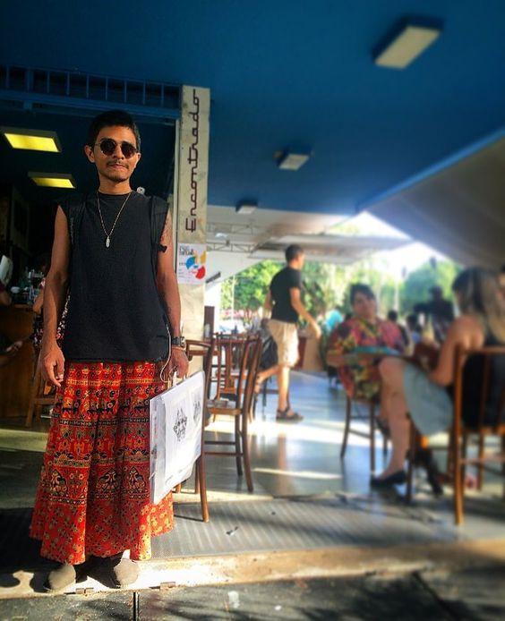 Inspire-se | Get inspired @tiagopetit #style #coffeewithstyle #coffee #café #cafeína #caffeine #cafécomestilo #coffeeart #coffeecup #specialcoffee #cafésespeciais #coffeebeans #oe102n #coffeegram #coffeelife #coffeelove #coffeeporn #coffeetime #coffeebreak #coffeeholic #objetoencontrado #coffeetable #brasília #brasil #coffeehouse #genderless #coffeeaddict #coffeeculture  #coffeeoftheday #cafédobrasil by cafe_pret_a_porter