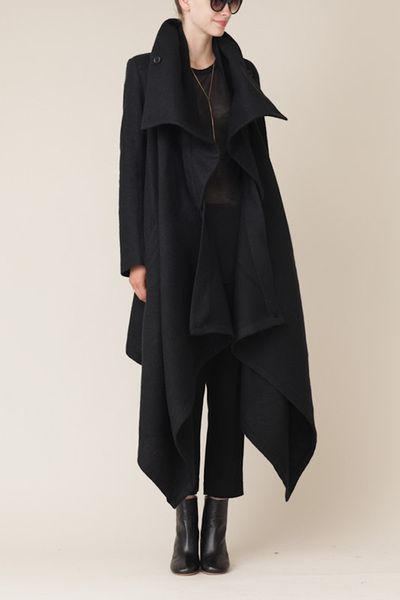 ann demeulemeester black long cybelle coat #minimalist #fashion this is so right. Love