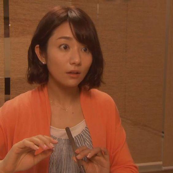 目を見開く木村文乃さん