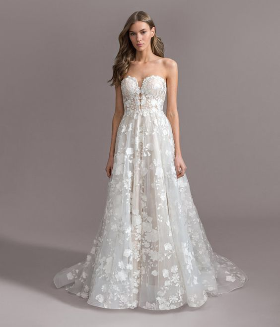 Who Needs A Little Pick Me Up This Week We Re Right There With You Ladies Our Dressoftheweek Might Wedding Dresses Wedding Dresses Lace Wedding Gowns Lace