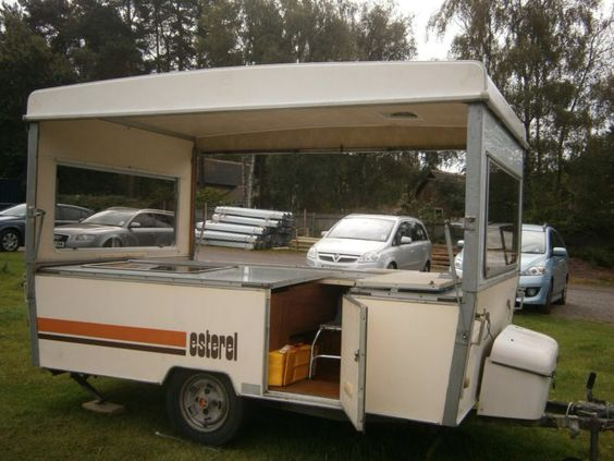 esterel caramatic c31 folding caravan esterel caravan pinterest caravane. Black Bedroom Furniture Sets. Home Design Ideas