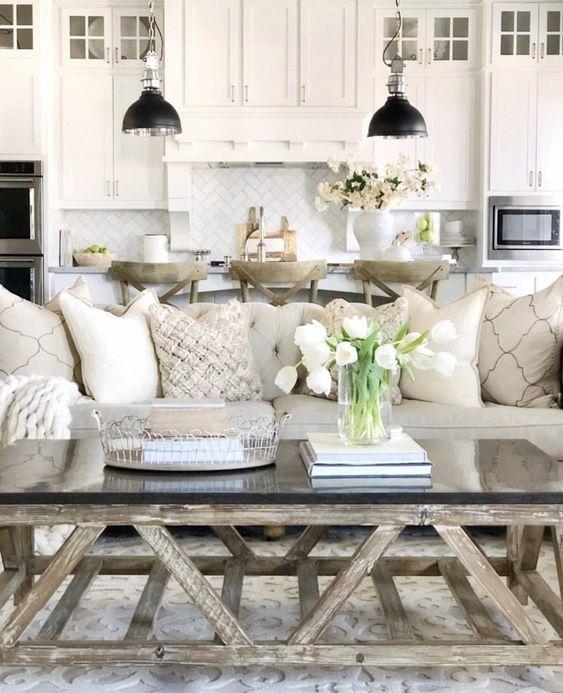 Amazing Hamptons Living Room